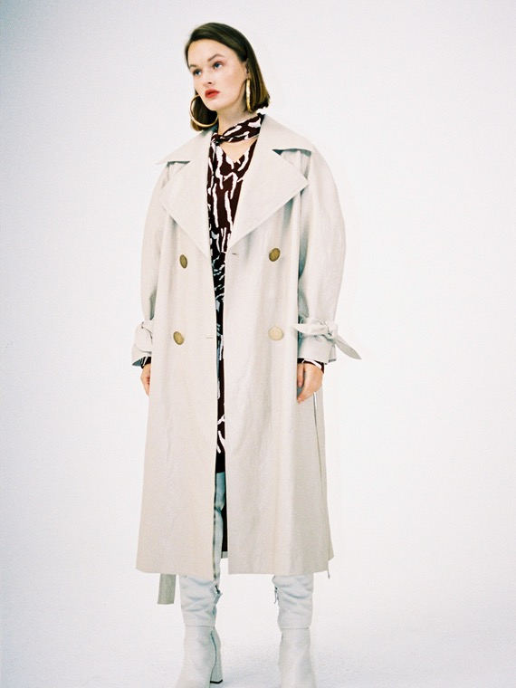 SKY FAUX LEATHER COAT_BEIGE